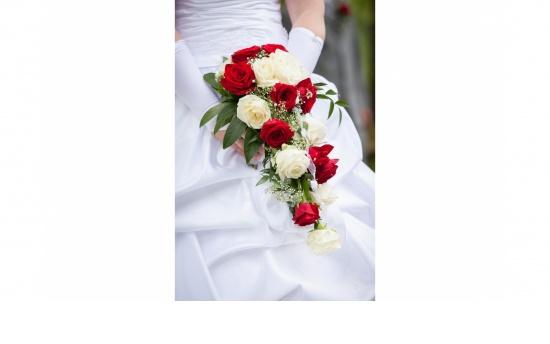 Brautstrauß ST 18