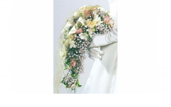 Brautstrauß ST 36